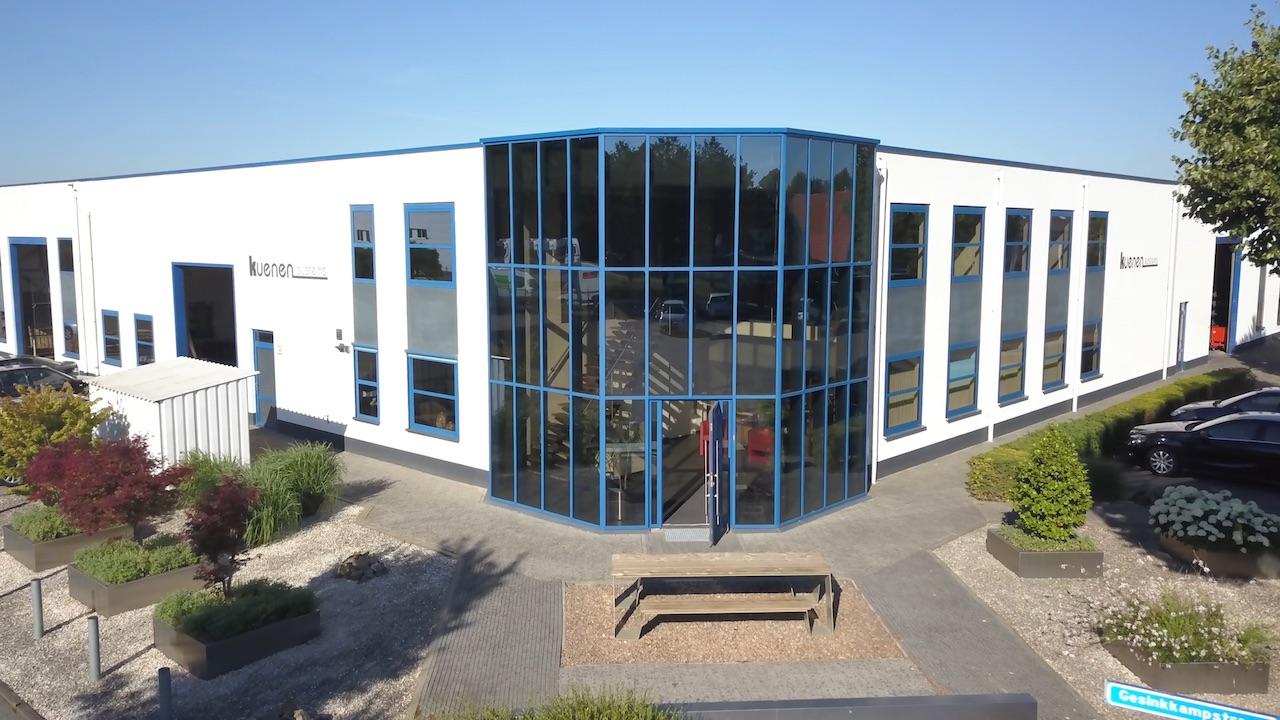 Stalen buitenpui van kantoor en bedrijfsruimte Kuenen Systems